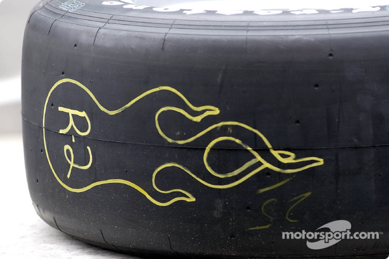A way to warm the tire up