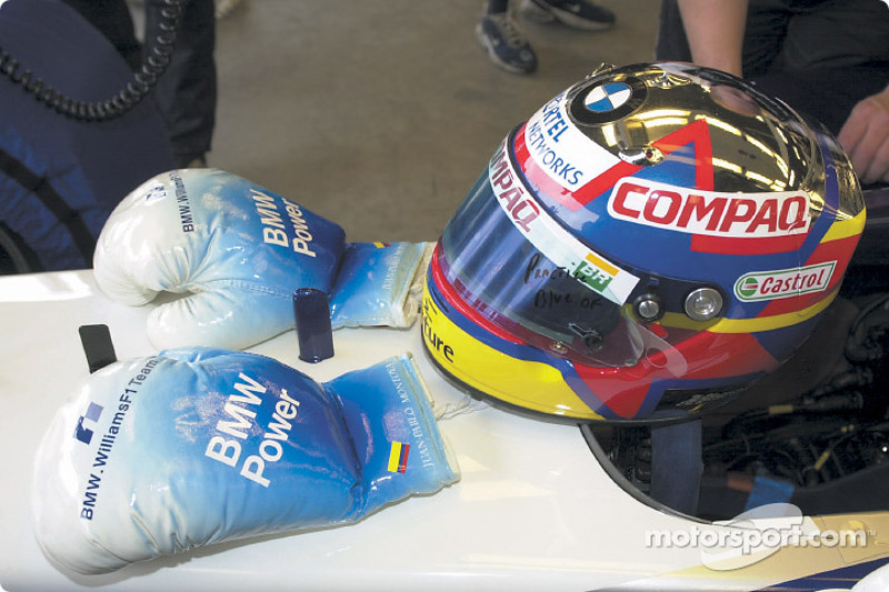 Boxing gloves for Juan Pablo Montoya