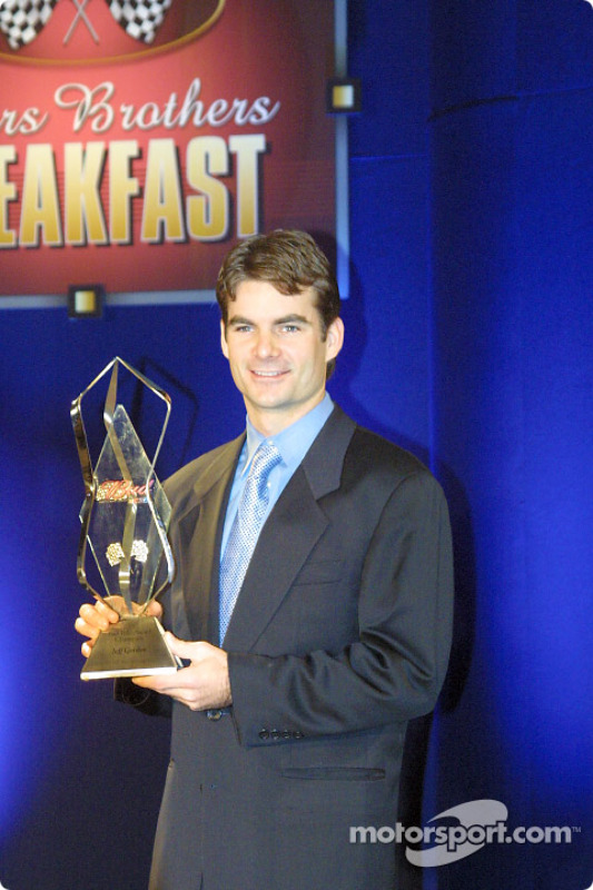 Jeff Gordon and the Bud Pole Award at the NASCAR Winston Cup Awards Banquet