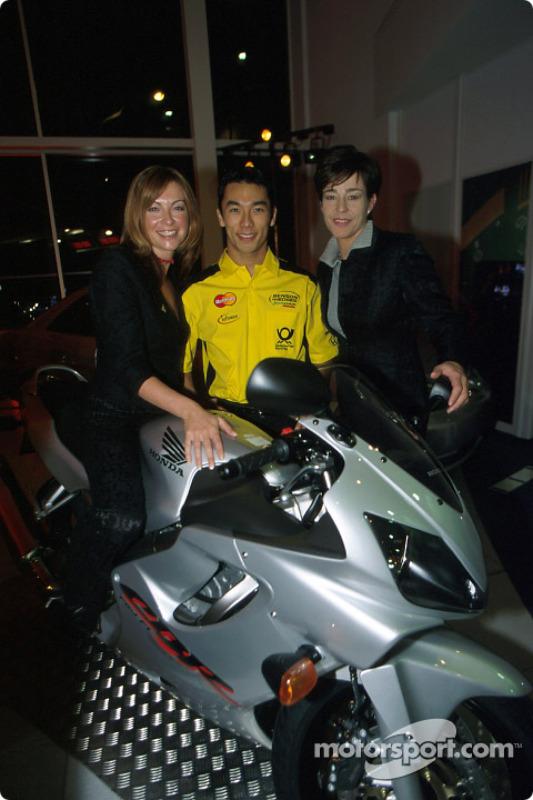 Takuma Sato in charming company