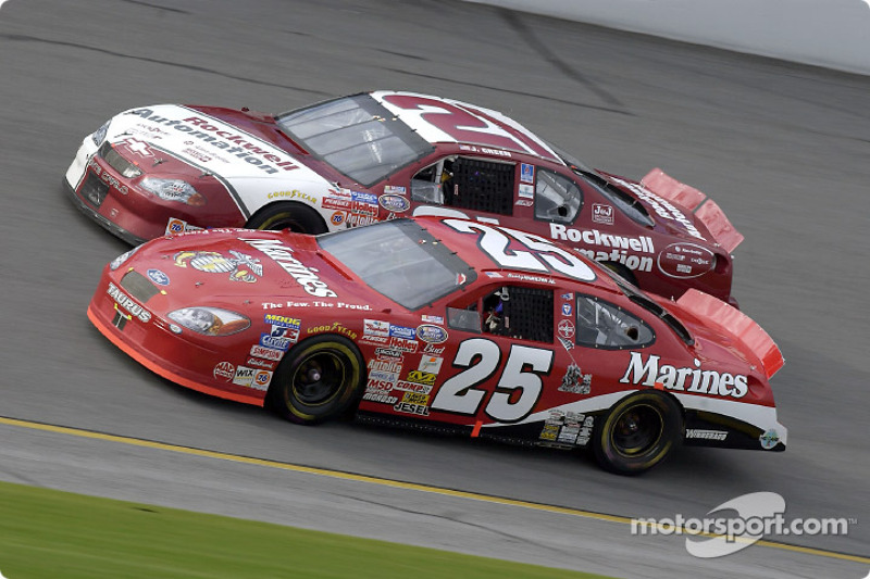 Bobby Hamilton Jr. races with Jeff Green