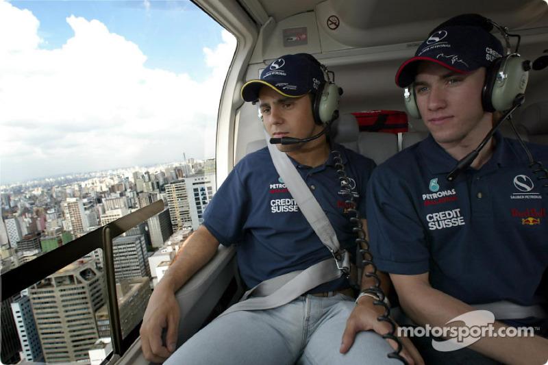 Paseo en helicóptero para Felipe Massa y Nick Heidfeld
