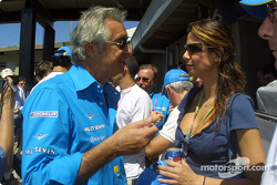 Flavio Briatore et la présentatrice brésilienne Luciana Gemenez