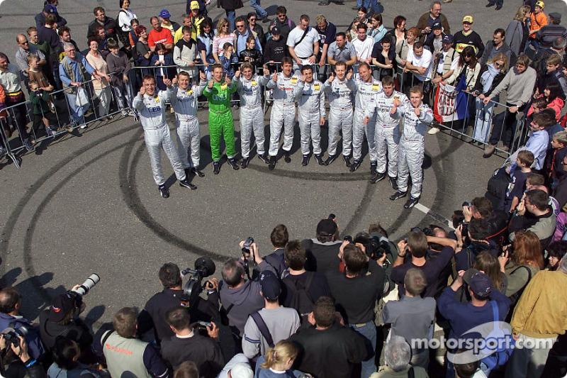 Les 10 pilotes Mercedes-Benz de vla saison 2002 de DTM