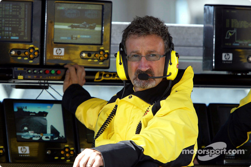 Eddie Jordan during the warmup