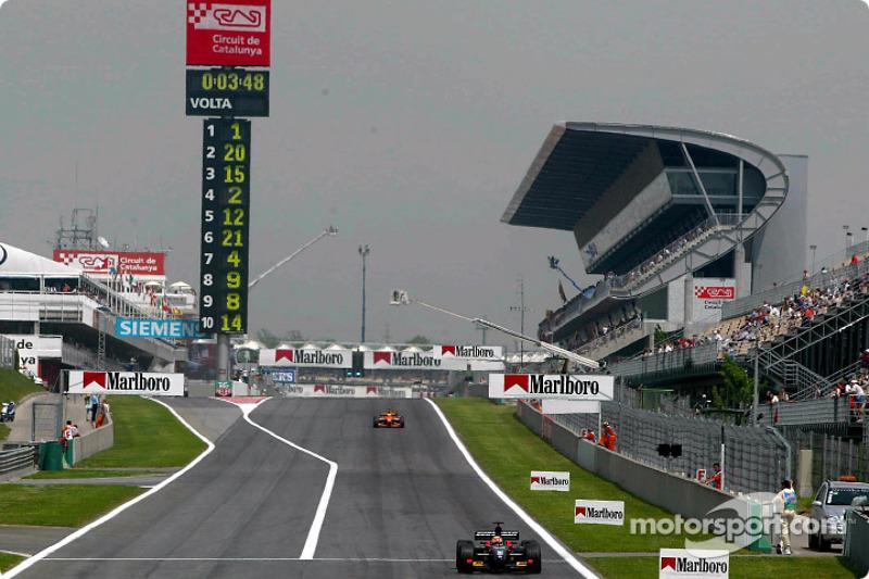 Front stretch at Circuit de Catalunya