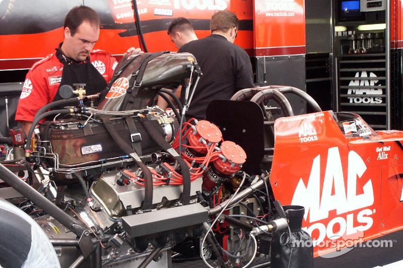 Work on Doug Kalitta's Top Fuel car