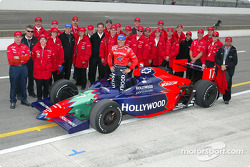 Tony Kanaan et le Mo Nun Racing team