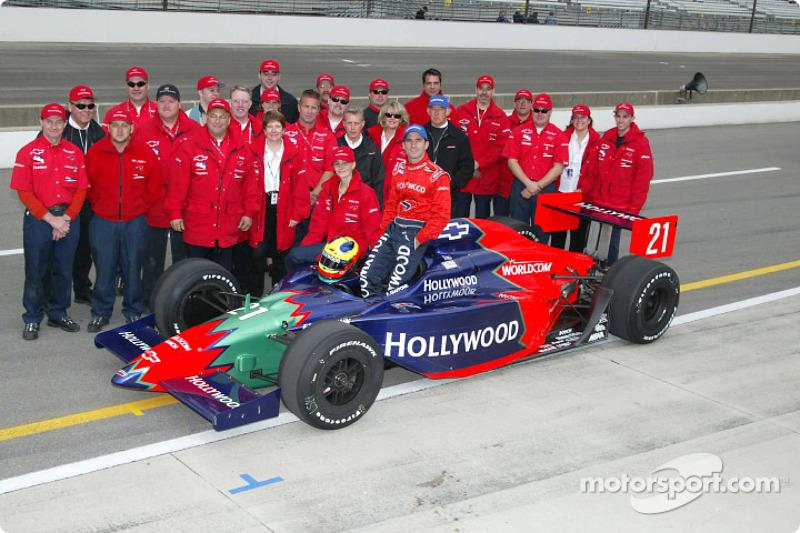 Felipe Giaffone and Mo Nunn Racing team