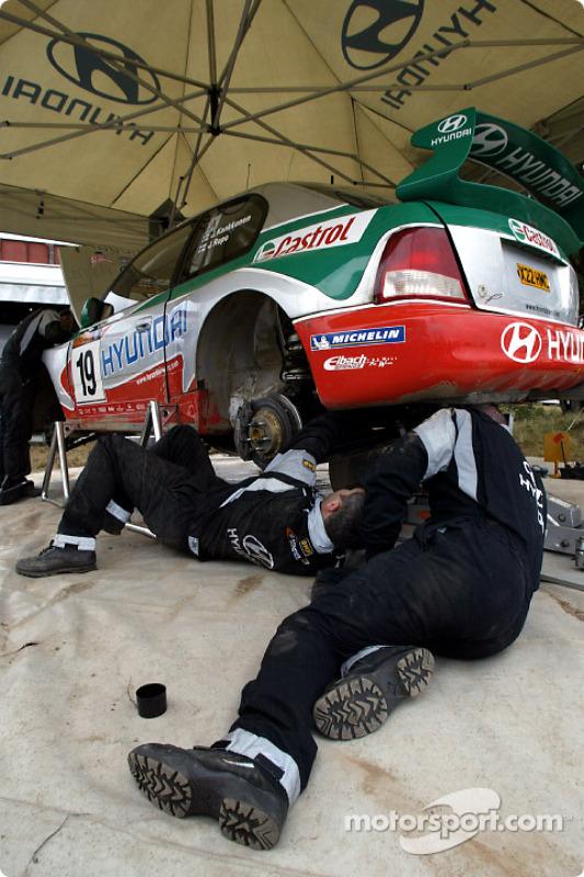 Working on Juha Kankkunen's car