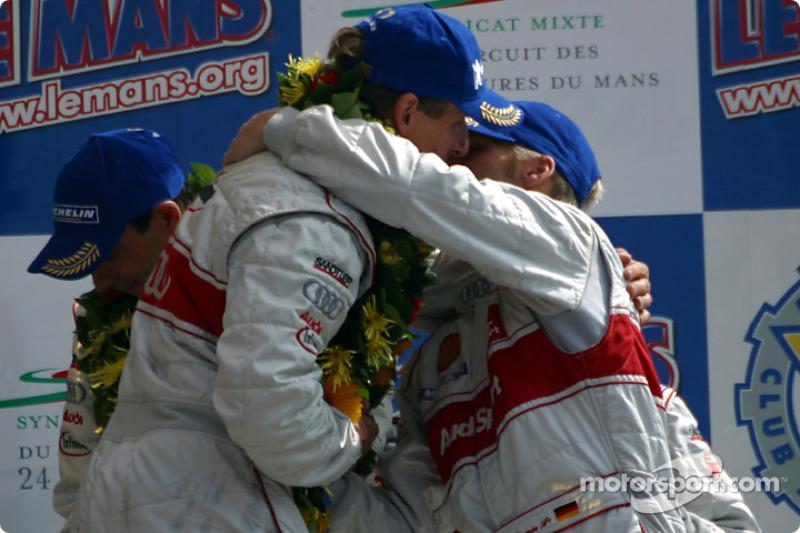 El podio general y de LMP 900 - LM GTP: felicitaciones