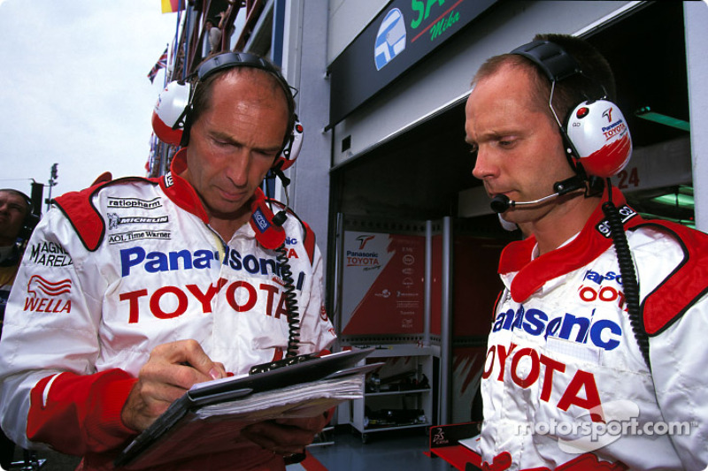 Toyota team members