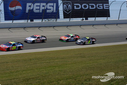 Jeff Gordon leading a group of cars