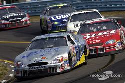 Le spécialiste des courses de route Boris Said en face de  Dale Earnhardt Jr.