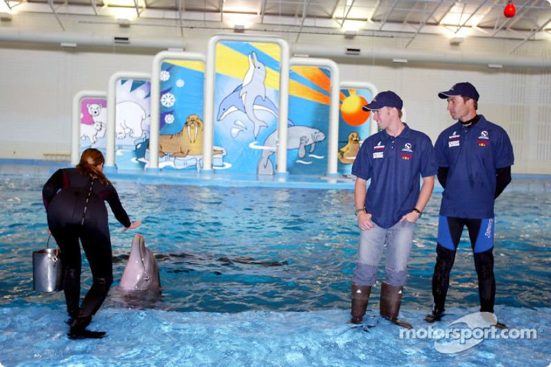 Visit of the Indianapolis Zoo: Nick Heidfeld and Heinz-Harald Frentzen