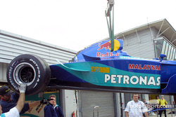 Heinz-Harald Frentzen's Sauber back in the garage