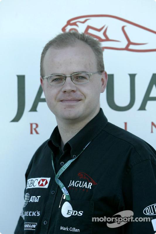 Dr Mark Gillan de Jaguar