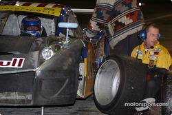 Pitstop for #8 G&W Motorsports BMW Picchio DP2: Boris Said, Darren Law, Dieter Quester, Luca Riccitelli
