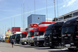 F1 teams transporters