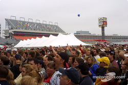 Race fans pack the pre-race Goo Goo Dolls concert