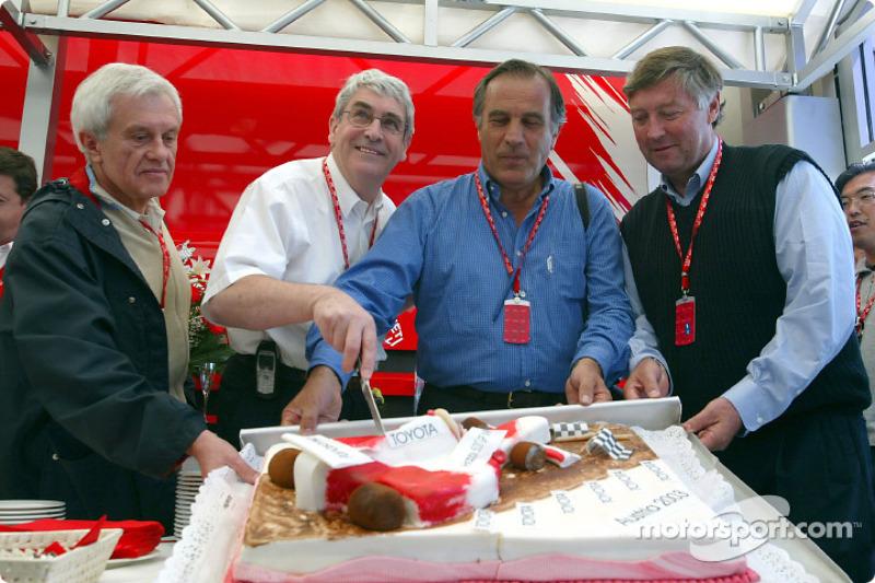 Mike Doodson celebra su Gran Premio 500