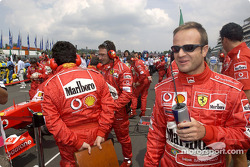 Rubens Barrichello on the starting grid