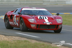 la Ford GT40 n°40 pilotée par Chris Chiles, Paul Ingram