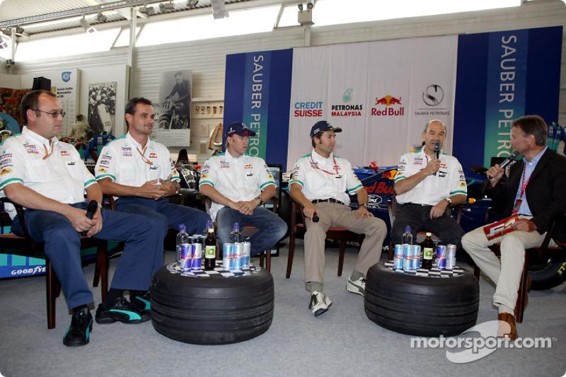 Sauber 10 años en Fórmula 1 Exposición en Hockenheim: Nick Heidfeld y Heinz-Harald Frentzen