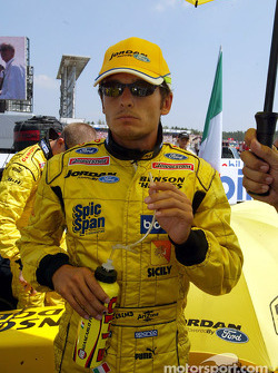 Giancarlo Fisichella on the starting grid