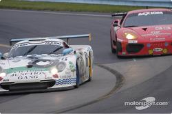 #6 G&W Motorsport - leads #33 Ferrari into turn 11
