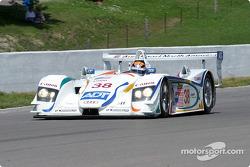 L'Audi R8 n°38 de l'équipe Champion Racing pilotée par J.J. Lehto, Johnny Herbert