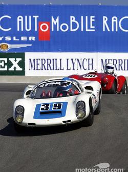 #39 1969 Porsche 910