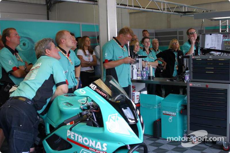 Le Team Foggy Petronas observe Corsers signer son meilleur résultat à ce jour