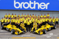 Family picture for Giancarlo Fisichella, Ralph Firman and the Jordan team