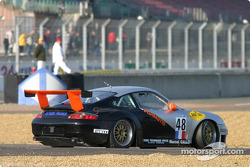 #48 Olivier Baron Porsche GT3-RS spins