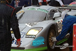 Pitstop for #900 Rollcentre Racing Ltd Mosler MT900R: Martin Short, Patrick Pearce, Charles Lamb, Heather Spurle