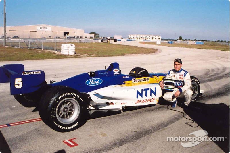 Jonathan Macri tests with Walker Racing