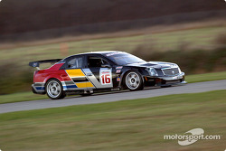 Max Angelelli essaie la Cadillac CTS-V