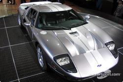 Ford GT Platine