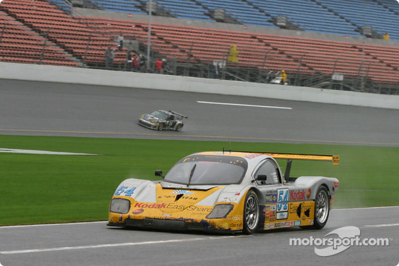 2004: #54 Bell Motorsports Pontiac Doran: Forest Barber, Terry Borcheller, Andy Pilgrim, Christian Fittipaldi on pit road for a late driver change