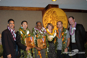 Hawaii Lieutenant Governor Duke Aiona, golf champion David Ishii, John DeSoto, Olympic volleyball player and coach Sharon Peterson, windsurfer Robby Naish, and HSHoF Commissioner Dennis Francis