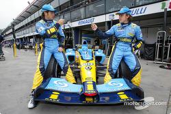 Telefonica I-Mode promo event: Jarno Trulli and Fernando Alonso