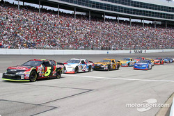 Kevin Harvick tries to get in line for the pit lane