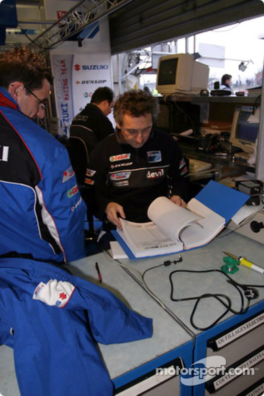 Le stand du Junior Team Suzuki-LMS