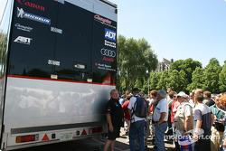 Champion Racing arrives at scrutineering