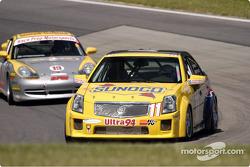 La Cadillac n°11 de Devon Powell, Port Perry et Terry Borcheller
