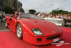 Parade des voitures exotiques : Ferrari F40