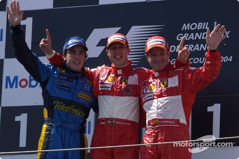 Разом із Міхаелем Шумахером та Фернандо Алонсо на подіум потрапив Рубенс Баррікелло
