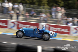 Grid1-32-Bugatti 35 B