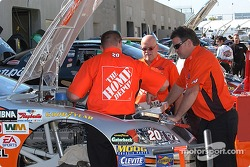 Team Home Depot prepares for Friday's practice